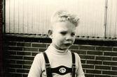 Crying little boy — Stock Photo