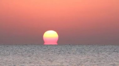 Sunrise over sea — Stock Video #12595619