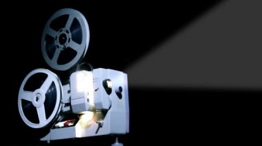Old projector showing film — Stock Video