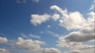 Timelapse con nubes moviéndose — Vídeo de stock