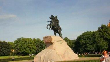 Peter der berühmten Statue in St. Petersburg Russland - Timelapse in Bewegung — Stockvideo