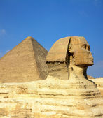 Egypt Cheops pyramid and sphinx — Stock Photo