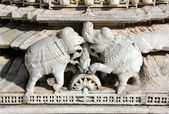Elephants on ranakpur temple in india — Stock Photo