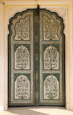 Ornamental door in palace - India — Stock Photo