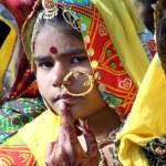Portrait of Indian girl Pushkar camel fair — Stock Photo