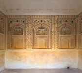 Ornament on wall of palace in Jaipur fort — Stock Photo