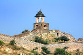 Fortification on top of mountain - Jaipur India — Stock Photo