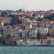 Houses in Istanbul on banks of Bosphorus Strait — Stock Photo