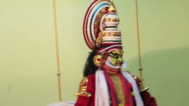 Kathakali - national theatrical performance in Kerala India — Stock Video