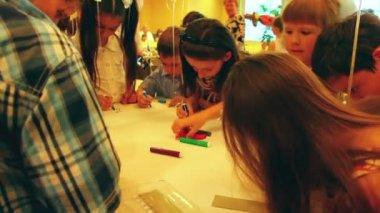 Children paint markers — Vídeo Stock