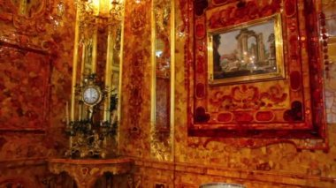Amber room in Pushkin St. Petersburg Russia — Stock Video