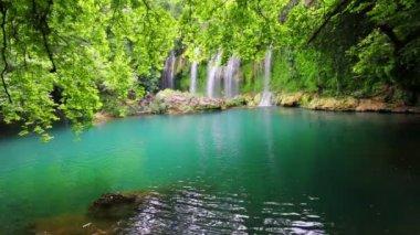 Waterfall in forest - Kurshunlu Turkey — Stock Video