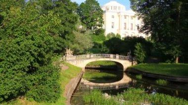 Centaurs bridge in Pavlovsk park Saint-Petersburg Russia — Stok video