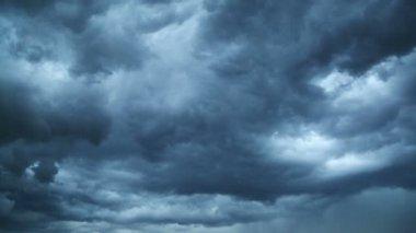 Dark storm clouds — Stock Video