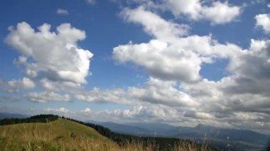 Górski krajobraz timelapse — Wideo stockowe