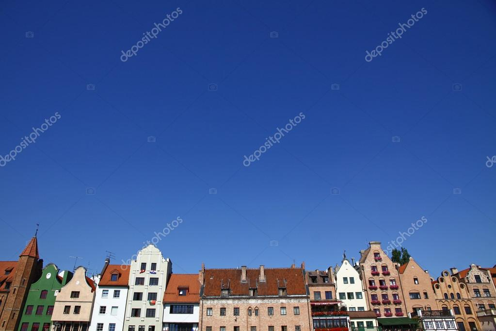 Colourful old buildings with blue sky background in City of Gdansk (Danzig), Poland — Stock Photo #12716641