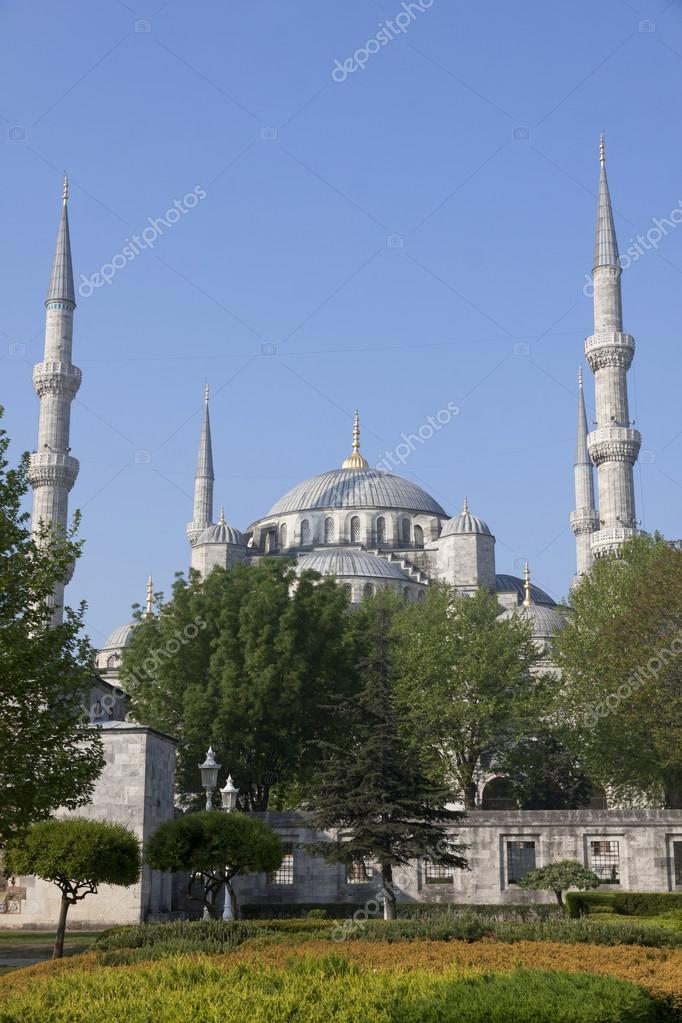 The Blue Mosque (Sultanahmet Camii), Istanbul, Turkey  Stock Photo #13179862