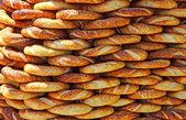 Traditional turkish crispy sesame bagels — Stock Photo