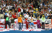 England fans celebrate after scoring against Sweden — Stock Photo
