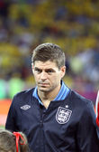Steven Gerrard of England sings the national anthem — Stock Photo
