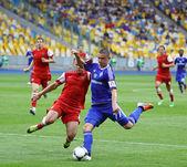 足球游戏摩基辅 vs metalurh 赵宇 — 图库照片