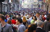 People walking on Istiklal Street in Istanbul — ストック写真