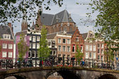 Amsterdam view with bridge and typical dutch houses — Stock Photo