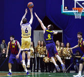 Euroleague basketball game Budivelnik Kyiv vs FC Barcelona — Stock Photo