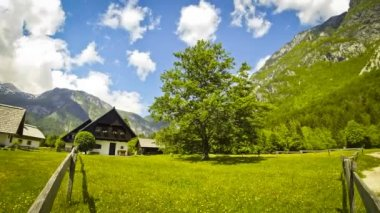 Typical view of small village in Julian Alps, Slovenia — Stock Video