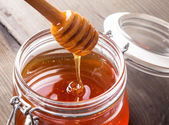 Honey drip — Stock Photo