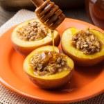 ������, ������: Stuffed Baked Peaches