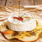 Gebackene camembert — Stockfoto