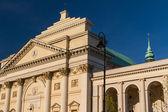 Varsóvia, polônia. igreja de saint anne neoclássico em litro de vila velha — Foto Stock