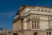 Varsovie, pologne - opéra national et la construction du théâtre national — Photo