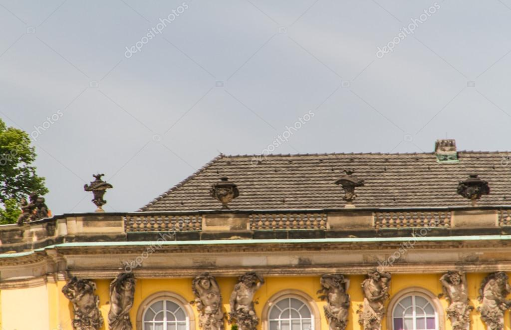 Schloss Sanssouci in Potsdam, Germany — Stock Photo #13278257