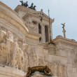 Equestrian monument to Victor Emmanuel II near Vittoriano at day — Stockfoto