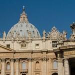 Basilica di San Pietro, Vatican, Rome, Italy — Stock Photo #15481739