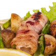 Bacon wrapped grilled Scallops with mushrooms and bacon — Stock Photo