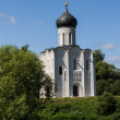 Church of the Intercession on the River Nerl — Stock Photo #15591809