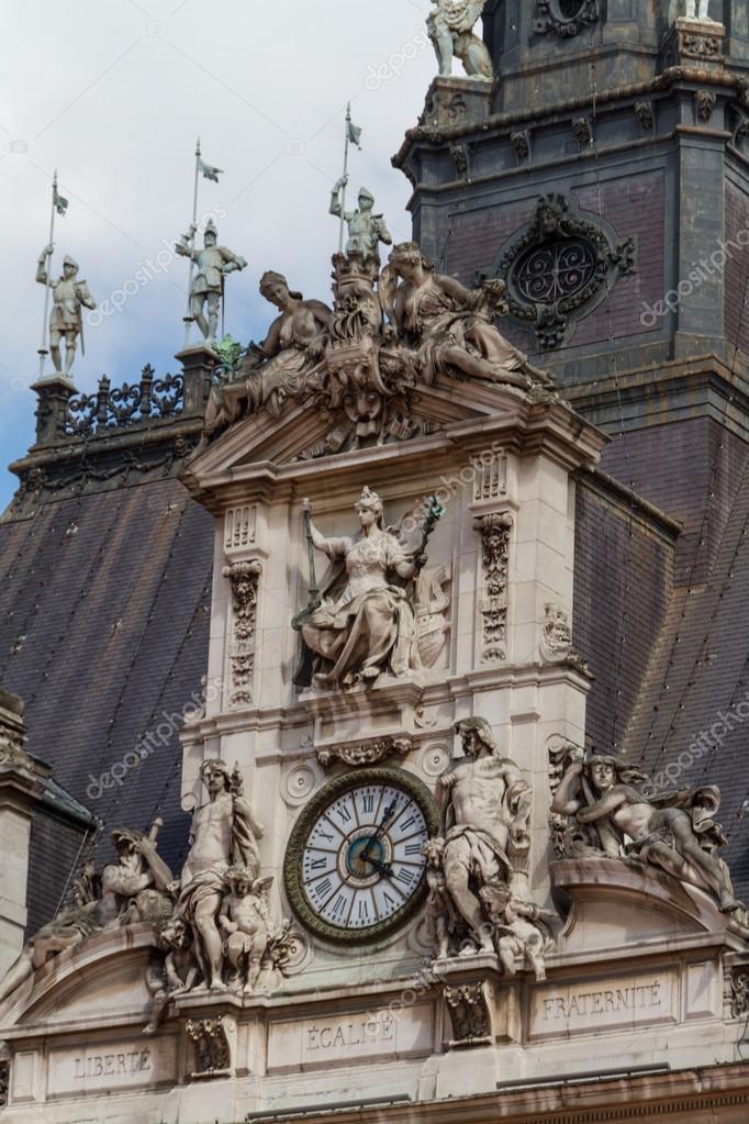 历史建筑在巴黎法国 — 图库照片 #18788077
