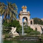 Barcelona ciudadela park lake fountain with golden quadriga of A — Stock Photo #18790017