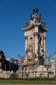 Plaza de Espana fountain with National Palace in background, Bar — Stock Photo