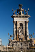 Plaza de Espana fountain with National Palace in background — Stock Photo