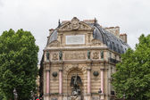 Beautiful Saint Michel fountain in Paris — Stock Photo