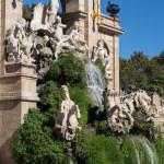 Barcelona ciudadela park lake fountain with golden quadriga of Aurora — Stock Photo #28634051