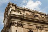 рим, италия. типичные архитектурные детали старого города — Стоковое фото