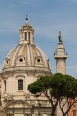 Santissimo nome di maria la chiesa di roma — Foto Stock