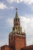 Torre spasskaya en plaza roja — Foto de Stock