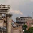 Building ruins and ancient columns in Rome, Italy — Stock Photo