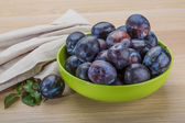 Ripe fresh plums — 图库照片